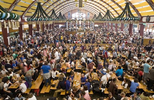 Oktoberfest Festhalle