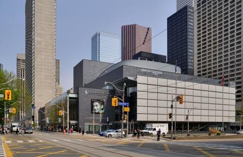Four Seasons Centre in Toronto, photo Taxiarchos228