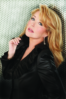 Melody Thomas Scott appears at National Women's Show