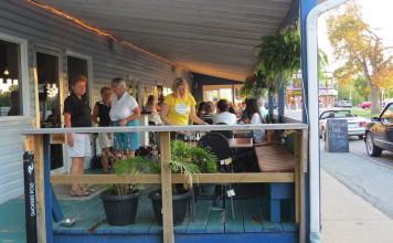 Patio at Riverside Tavern, Chippawa