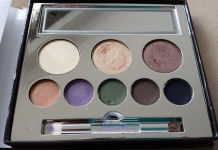 Jane Iredale in the blink of a Smoky Eye Smoky Eyes Kit