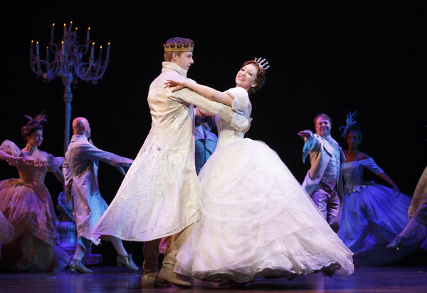 Rodgers and Hammerstein's Cinderella tour company at Ed Mirvish Theatre, photo credit Carol Rosegg