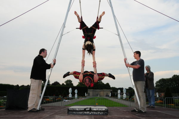 Cirque No Problem at Toronto International BuskerFest