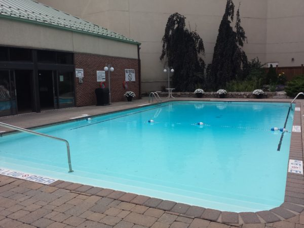 Heated outdoor swimming pool at Holiday Inn Niagara Falls By the Falls