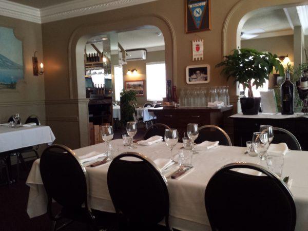 Interior of Napoli Ristorante & Pizzeria in Niagara Falls