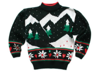 Christmas sweater By TheUglySweaterShop.com - Flickr: Vintage 80s Mountain Range Tacky Acrylic Ugly Christmas Sweater, CC BY 2.0, https://commons.wikimedia.org/w/index.php?curid=23235040