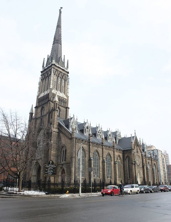 St. Michael's Cathedral from Bond and Shuter Streets, photo by Ag25 - Own work, CC BY-SA 3.0, https://commons.wikimedia.org/w/index.php?curid=14528215