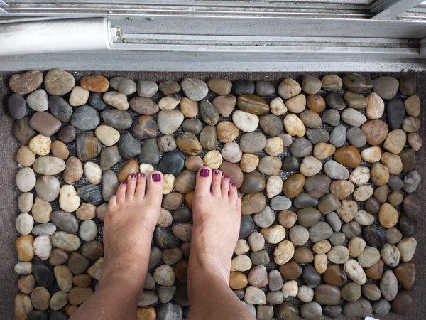 Abbott Collection Rock Mat
