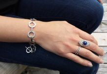 Circle bracelet in white with rhodium from Swarovski