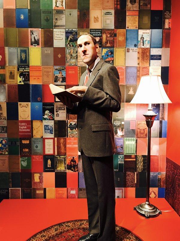 Lovecraft sculpture at Guillermo del Toro exhibit at Art Gallery of Ontario