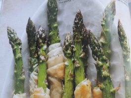 Phyllo Wrapped Asparagus from Ricardo Magazine
