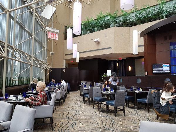 Azure Restaurant & Bar at InterContinental Toronto Centre