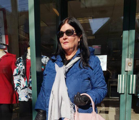 Alice Nu Pebble handbag in Rose from Nella Bella