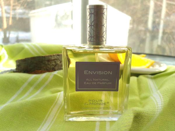 Envision All Natural Eau de Parfum by Pour Le Monde