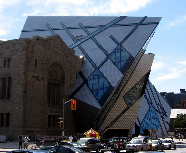 Royal Ontario Museum with Michael Lee-Chin Crystal by OliverN5