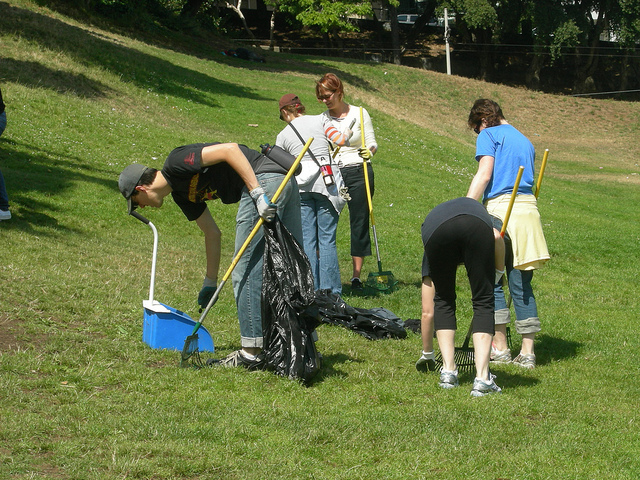 Community Cleanup, photo Dolores Park Works
