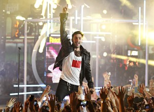 Hedley on stage at MMVA 2012, photo MuchMusic