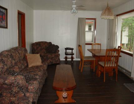 Cottage 4 at Craganmor Point Resort, Parry Sound