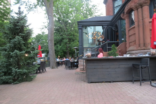 Patio at Osteria dei Ganzi at 504 Jarvis Street
