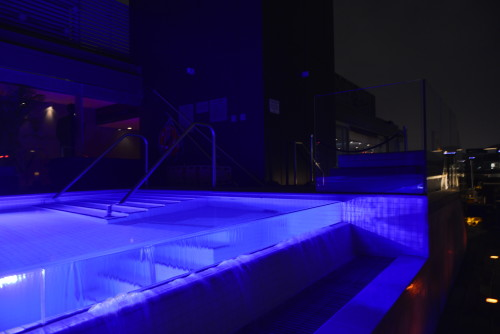Thompson Toronto Rooftop swimming pool, photo Jerod Harris