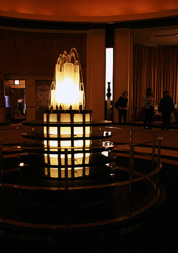Lalique Fountain at The Carlu's Round Room in Toronto, photo Light play