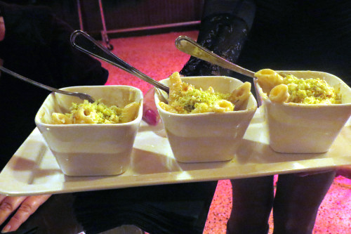 Smoked Mac & Cheese at College Street Bar