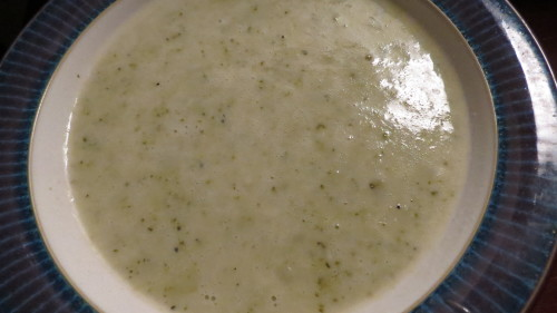 Happy Planet Chilliwack Broccoli and Cheddar Soup