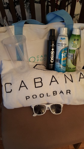 Cabana Pool Bar Beach Bag with sunscreen products