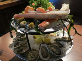Seafood Circus Tower at Pearl Diver