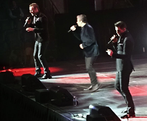 The Tenors' voices and Victor's dancing electrified the Air Canada Centre.