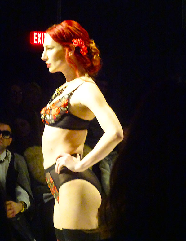 Red roses on bra and panties from With Love Lingerie evokes Latin lover seductiveness at Fashion Art Toronto 2016
