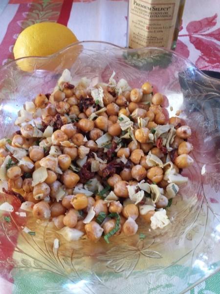 Artichoke, Chickpea and Sundried Tomato Salad