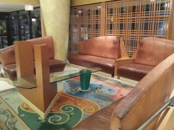 Lobby at Holiday Inn Niagara Falls By the Falls in Canada