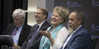 From left to right: Moderator Christopher Waddell, Edward Greenspon, April Lindgren and Allan Gregg at Finding A Way Forward
