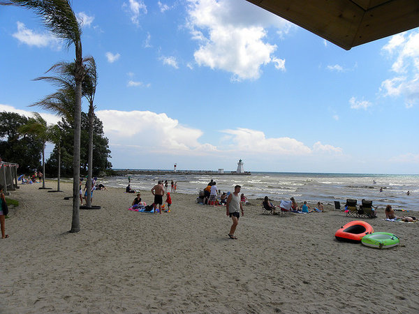 Port Dover Erie Beach is one of the popular day trips from Toronto, photo by JasonParis from Toronto, Canada - Port Dover, ON, CC BY-SA 2.0, https://commons.wikimedia.org/w/index.php?curid=17813348