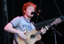 Ed Sheeran at 2012 Frequency Festival in Austria, photo by Christopher Johnson from Tokyo, Japan - Ed Sheeran, Blood Red Shoes, Hot Chip, Bloc Party, XX, others at Frequency Fest in Austria, CC BY-SA 2.0, https://commons.wikimedia.org/w/index.php?curid=24132863