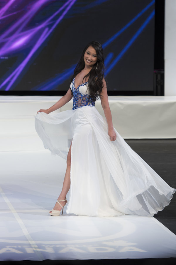 Alice Li at Miss World Canada 2017