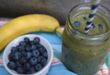 Spinach Blueberry Smoothie made with Braun PureMix Blender