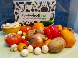 FlashFoodBox food delivery box is now available in Toronto and the GTA.
