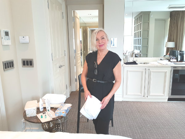 Aesthetician Grazjana gave me a treatment using Silk'n ReVit Microdermabrasion