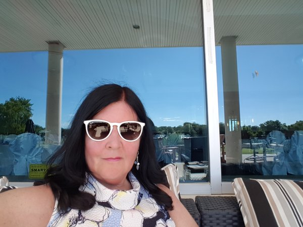 Wearing the Erika Color Mix White Gold Sunglasses from Ray-Ban