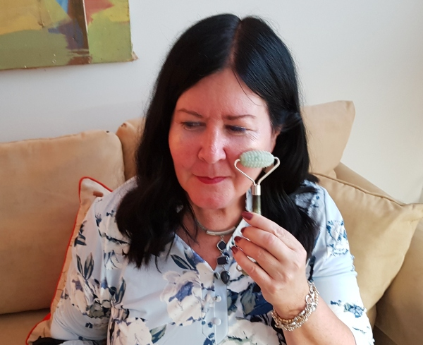 Using Province Apothecary's Jade Roller