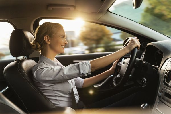 Leasing a car results in lower maintenance costs.