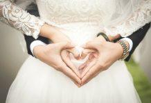 A wedding planning checklist will help you organize your wedding, photo Takmeomeo on PIxabay.