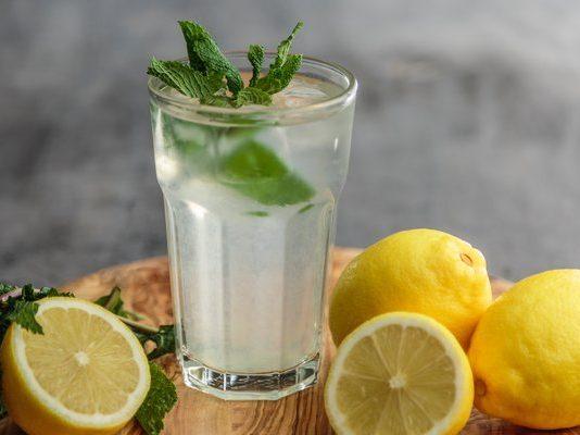 Lemons have so many amazing uses, photo_francesca hotchin-403643-unsplash