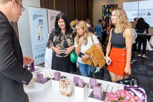 Checking out Michael Hill Jewellery at Bask-It-Style 2019 with Julia and Sofie, photo credit Kenney Pollard of Ryan Emberley Photography