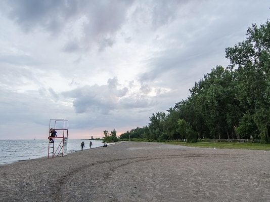 Cherry Beach, Toronto, photo credit Jeff Hitchcock from Seattle, WA, USA - Cherry Beach Park, CC BY 2.0, https://commons.wikimedia.org/w/index.php?curid=71491423
