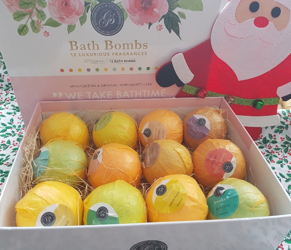 Grace and Stella All Natural Bath Bombs