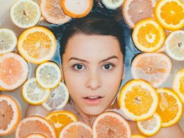 Using lemon juice on your face for DIY skincare can result in a severe chemical burn, photo noah-buscher-eCJiD00AJqs-unsplash